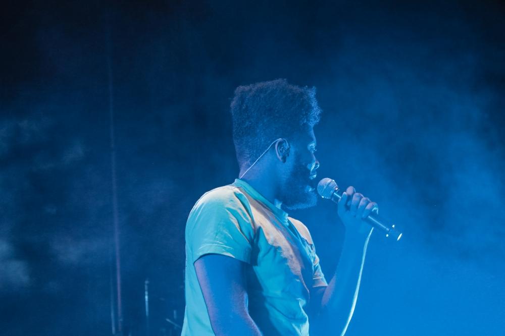 Khalid Performing